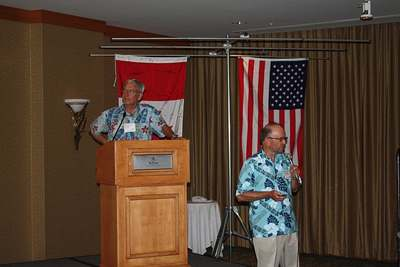 Bill N7OU and Bob W7YAQ discuss Tokelau